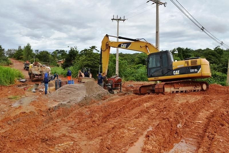 Prefeitura de Paraíso realiza obras de drenagem pluvial entre o Setor Nova Esperança e Hospital Regional