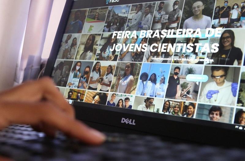 Estudantes podem se inscrever para a 2ª edição da Feira Brasileira de Jovens Cientistas