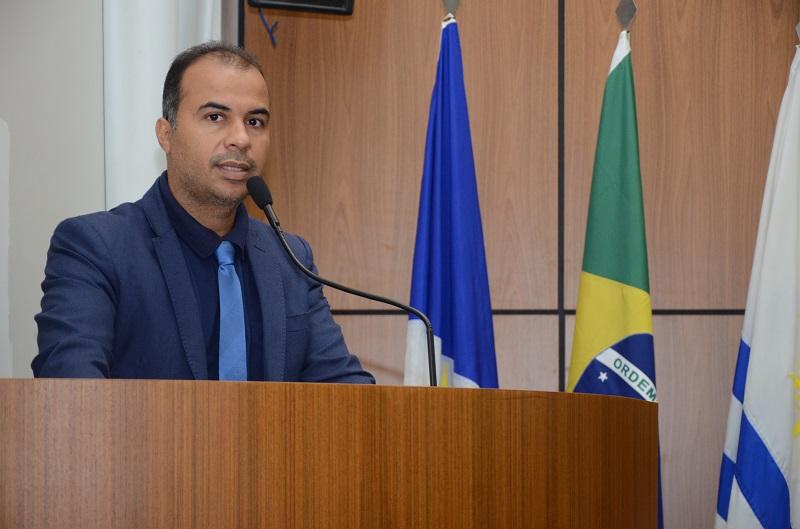 Vereador Filipe Martins disponibiliza emendas para enfrentamento à covid e votará favorável à aquisição de mais vacinas
