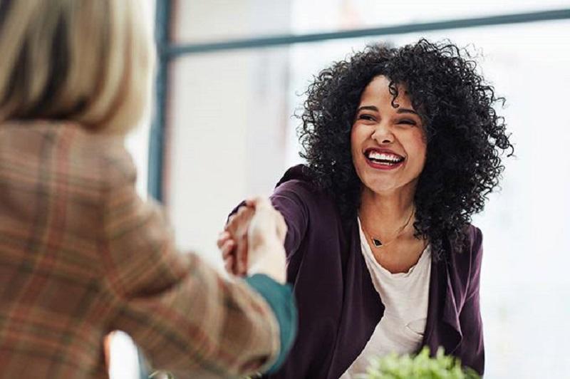 Número de mulheres em cargos de liderança aumentou mais de 30% no país