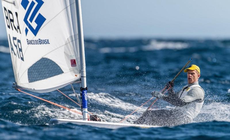 Após liderança na estreia, Scheidt se mantém no top 10 no campeonato em Portugal