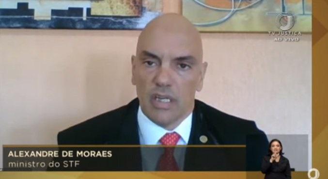 Moraes vota contra liberação de missas e cultos na pandemia
