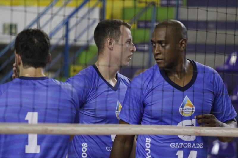 Anápolis Vôlei e Brasília Vôlei/Upis fazem primeiro duelo das semifinais