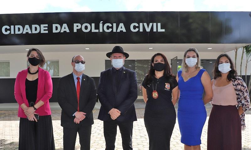 Carlesse vistoria instalações da Cidade da Polícia Civil que abrigará unidades operacionais e laboratórios forense