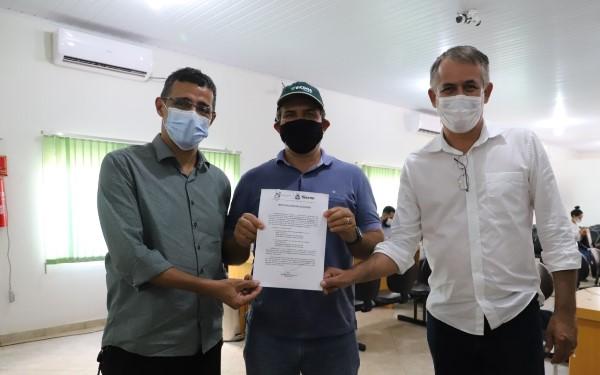 Naturatins revisa outorgas e entrega certificados aos produtores rurais de Lagoa da Confusão