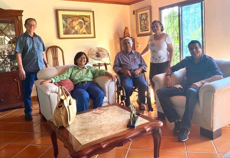 Nilton Franco visita Moisés Avelino na companhia da vice-prefeita e presidente do MDB Paraíso, Raquel Ogawa