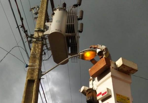Prefeitura de Caseara intensifica serviços de manutenção da iluminação pública