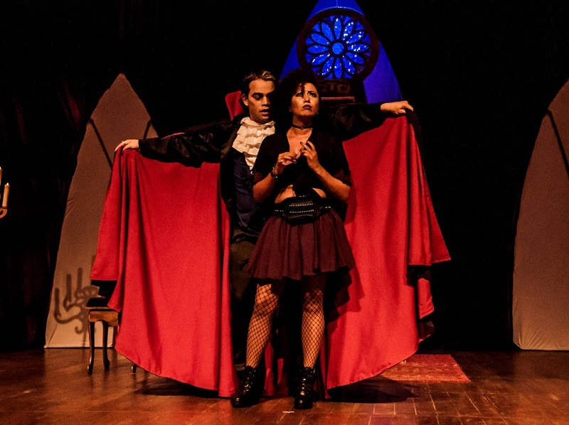 Montagem teatral de Drácula ganha temporada virtual gratuita