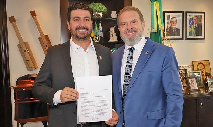 Carlesse autoriza contratação de professores para o curso de medicina da Unitins em Augustinópolis