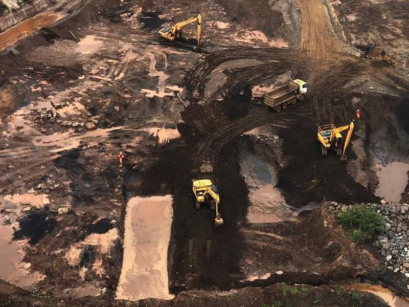 Bombeiros retomam buscas por desaparecidos na tragédia da Vale em Brumadinho