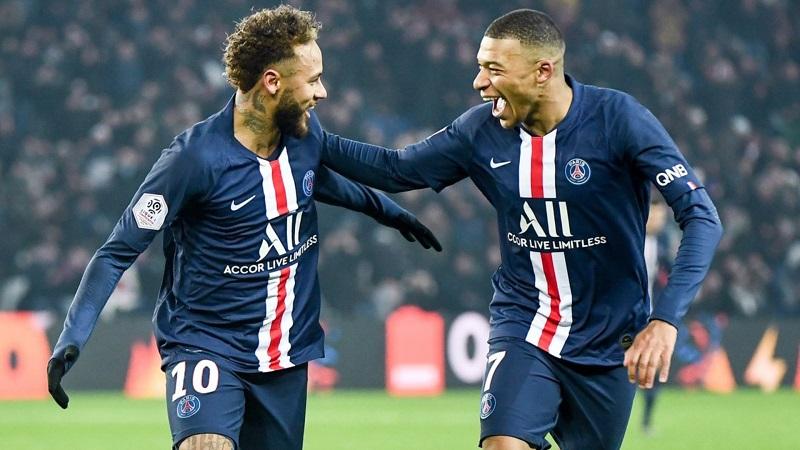 Neymar e Mbappé ficam no PSG? Leonardo despista após derrota na Champions: 'Não é dia de anúncio'