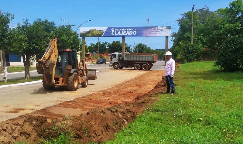 Prefeitura de Lajeado inicia obras de recuperação de calçadas e meios-fios