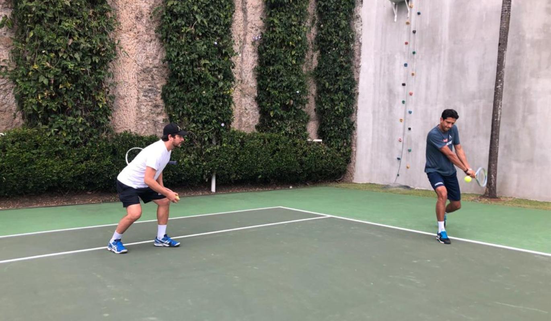 Marcelo Melo volta à Europa neste sábado (19) e treina para Wimbledon