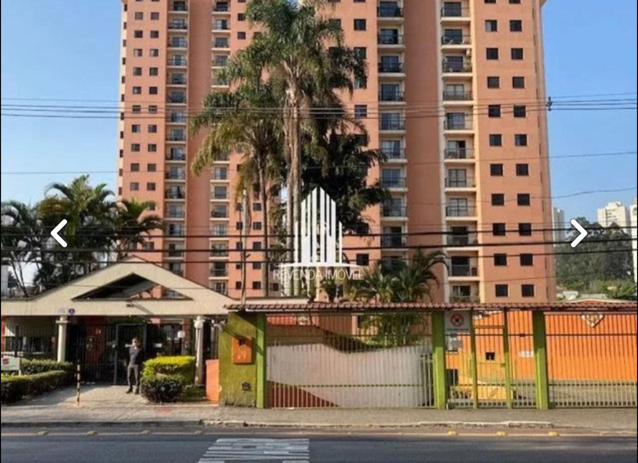 Roubo em condomínio de luxo em São Paulo tem líder da segurança procurado pela polícia e acusação à moradora
