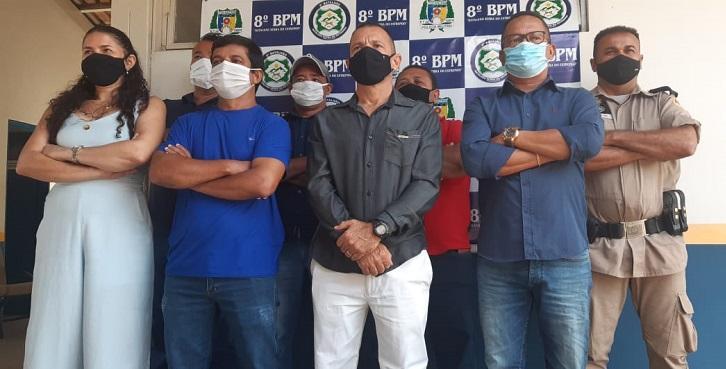 Policiais militares do 8º BPM transferidos para reserva remunerada são homenageados em Paraíso