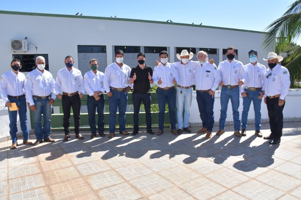 Prefeito Celso Morais recebe diretoria do Sindicato Rural de Paraíso
