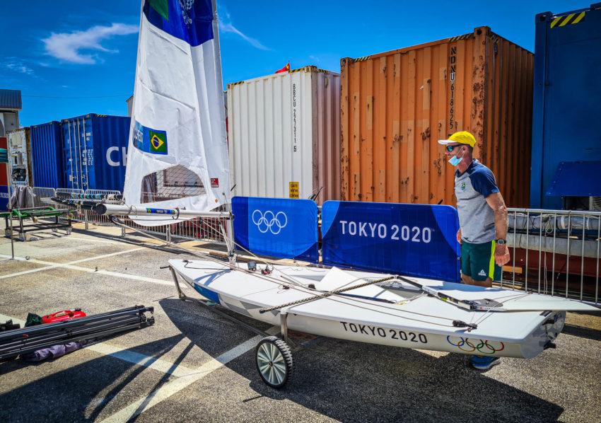 Robert Scheidt veleja em Top 10 e sobe posições na tabela de pontos da Olimpíada
