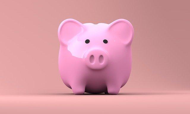 Descubra quais atitudes podem melhorar sua situação financeira atual