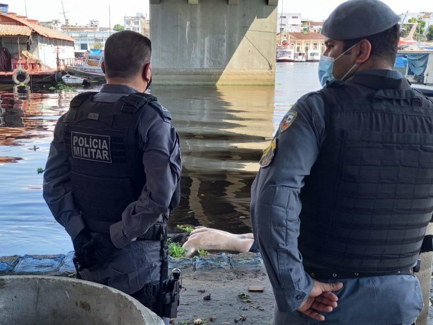 Corpo de homem é encontrado amarrado na Ponte do Educandos, em Manaus