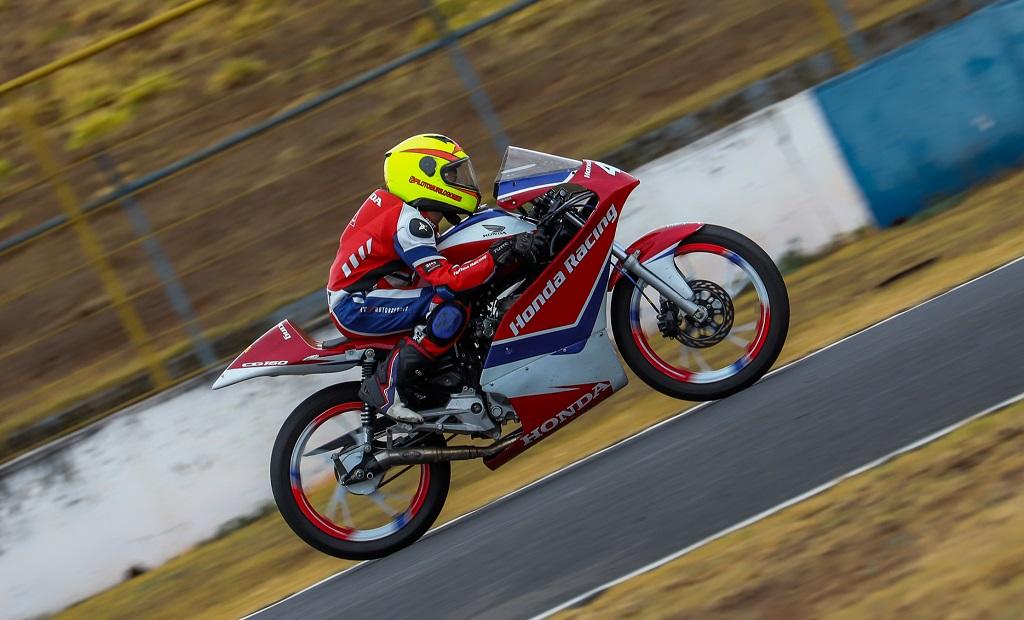 Felipe Gonçalves, da Copa Pro Honda CBR 650R, e Murilo Gomes, da Honda Jr Cup, vencem quinta etapa da temporada