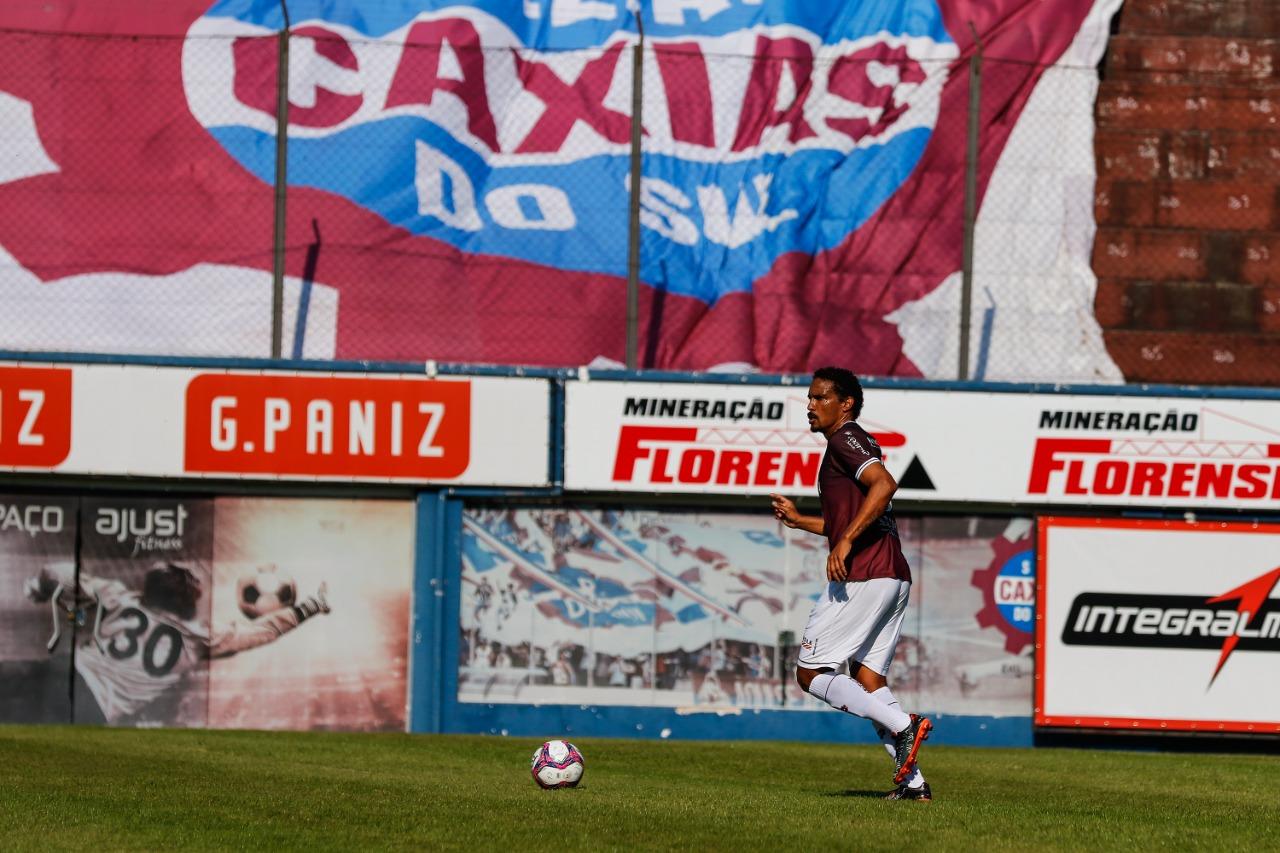 Com vantagem para o jogo de volta, Rafael Lima prega cautela no Caxias nas oitavas da Série D