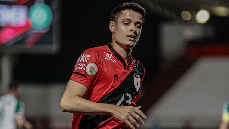 Motivado por primeiro gol pelo Atlético Goianiense, Matheus Barbosa projeta reencontro com o Cuiabá