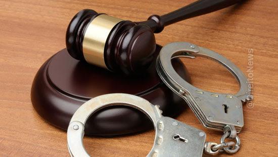 Policiais erram o alvo e dão voz de prisão ao juiz que expediu o mandado