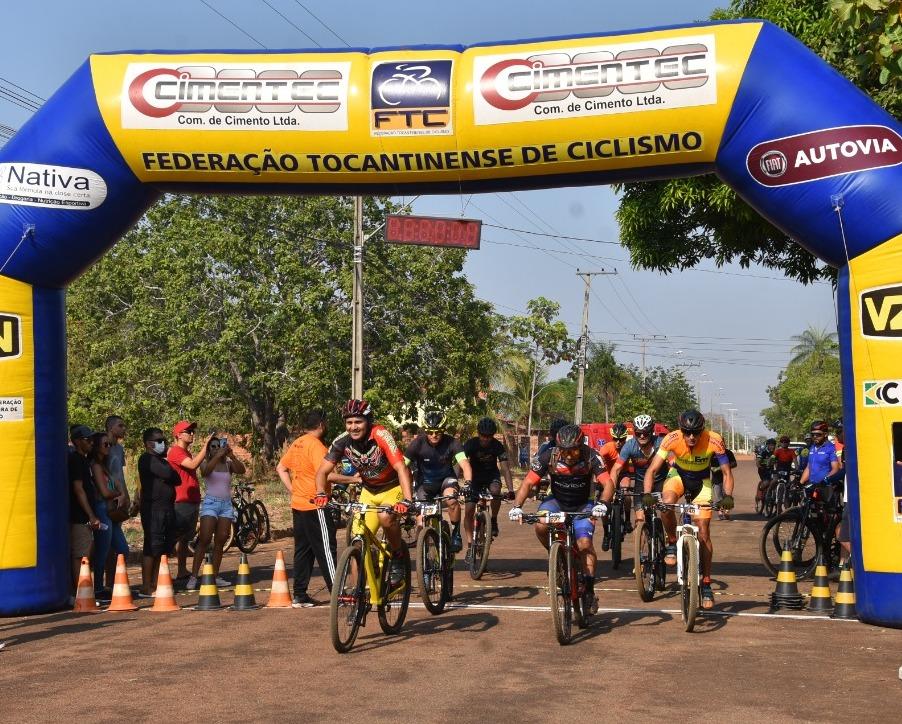 Porto Nacional realizou o Desafio dos Brutos, competição de mountain bike que reuniu 140 atletas de várias cidades do estado