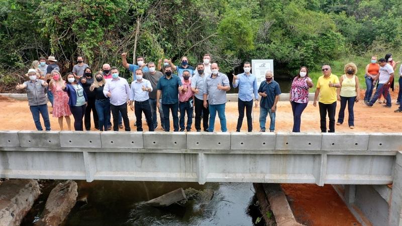 Prefeito de Araguaína entrega primeiras 4 pontes de concreto e beneficia centenas de famílias da zona rural