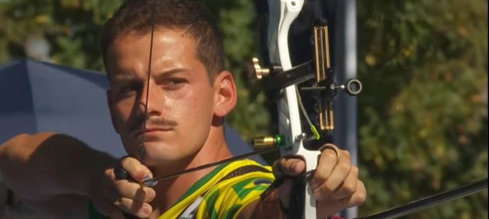 Marcus Vinicius D´Almeida é vice-campeão mundial de tiro com arco