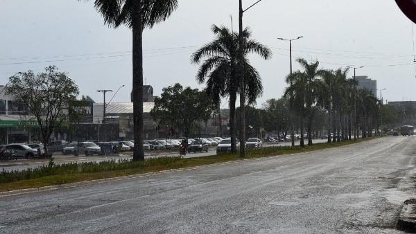 Pancadas de chuvas isoladas com granizo são registradas em alguns pontos de Palmas