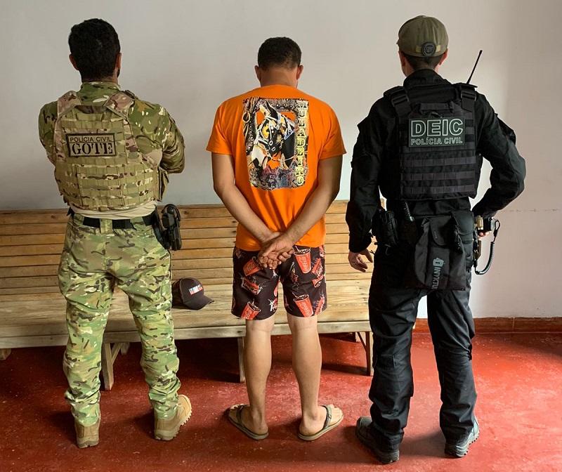 Polícia Civil prende homem por dirigir sem habilitação e por praticar direção perigosa em Palmeirópolis
