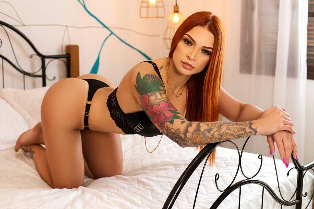 Modelo Bianca Masotti arrasa com ensaios sensuais e provocantes