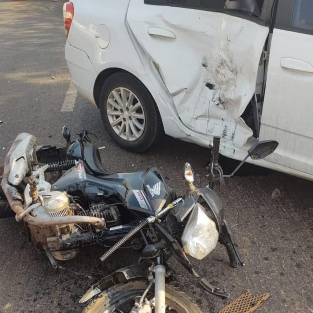 Acidente envolvendo três veículos deixa motociclista ferido em Palmas