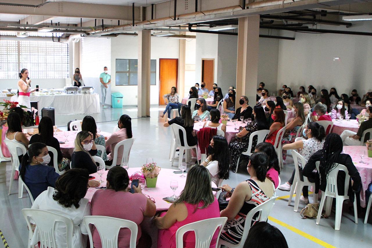 TJTO reúne servidoras em talk show e promove conscientização sobre câncer de mama e de colo de útero