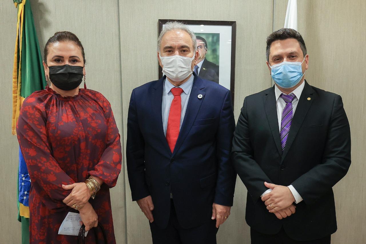 Ao ministro da Saúde, Bancada Federal pede revisão de decisão impede instalação de equipamento de radioterapia no Hospital do Amor