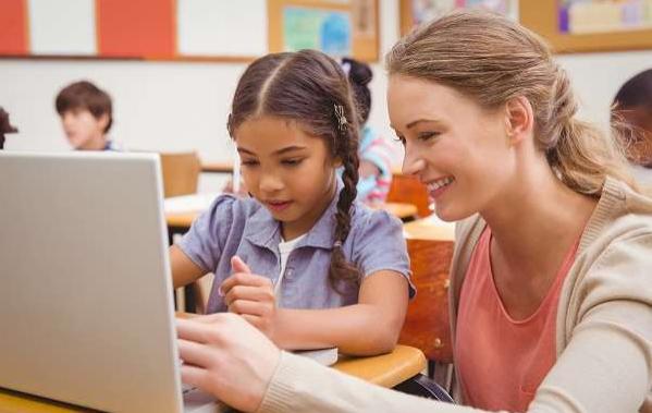 Volta às aulas presenciais: como ajudar as crianças a recuperar o interesse pela escola