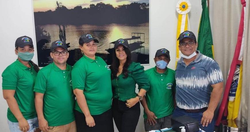 Membros do Conselho Tutelar de Caseara recebem novos uniformes