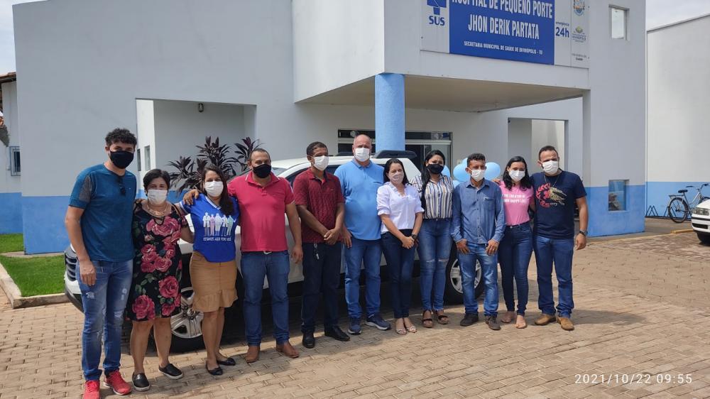 Prefeitura de Divinópolis entrega nova picape à Saúde Municipal