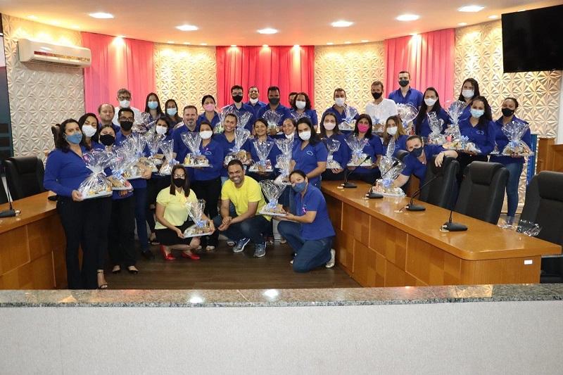 Câmara Municipal de Paraíso homenageia servidores da Casa