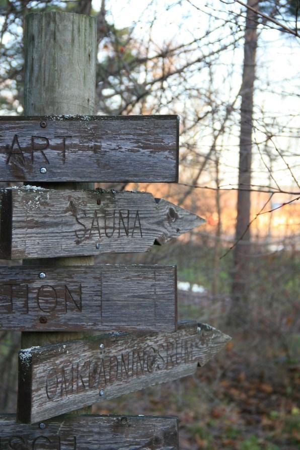 Petits panneaux de bois, Mariehamm, Ålands, Finlande (novembre 2011)
