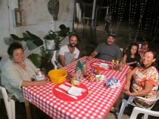 Avec Sara et Adolfo mangeant ceviche et cayos de acha