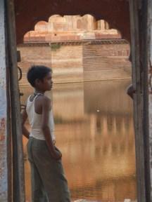 Un petit garçon croisé quelque part entre le Rajasthan et le Madhya Pradesh