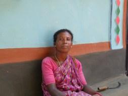 Femme santale du village de Bishnubat
