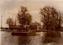 Surlingham Ferry 04