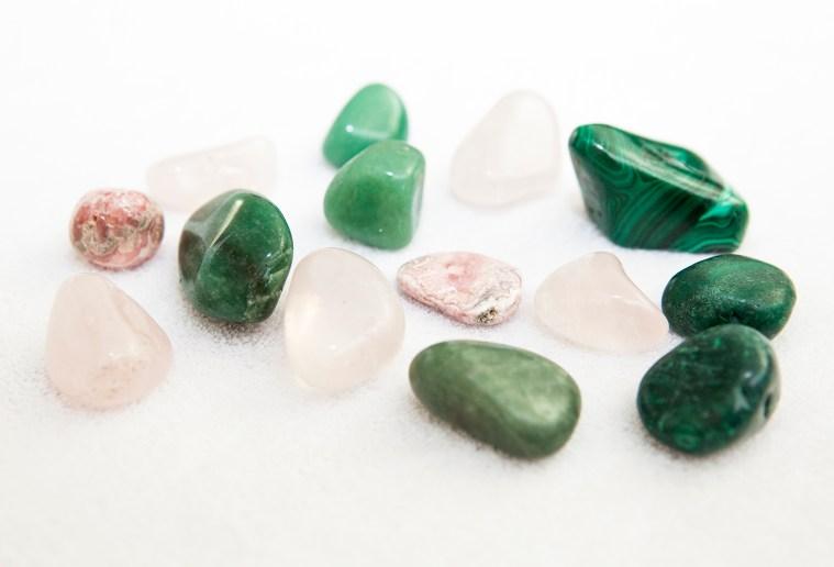 Heart chakra crystals for crystal healing