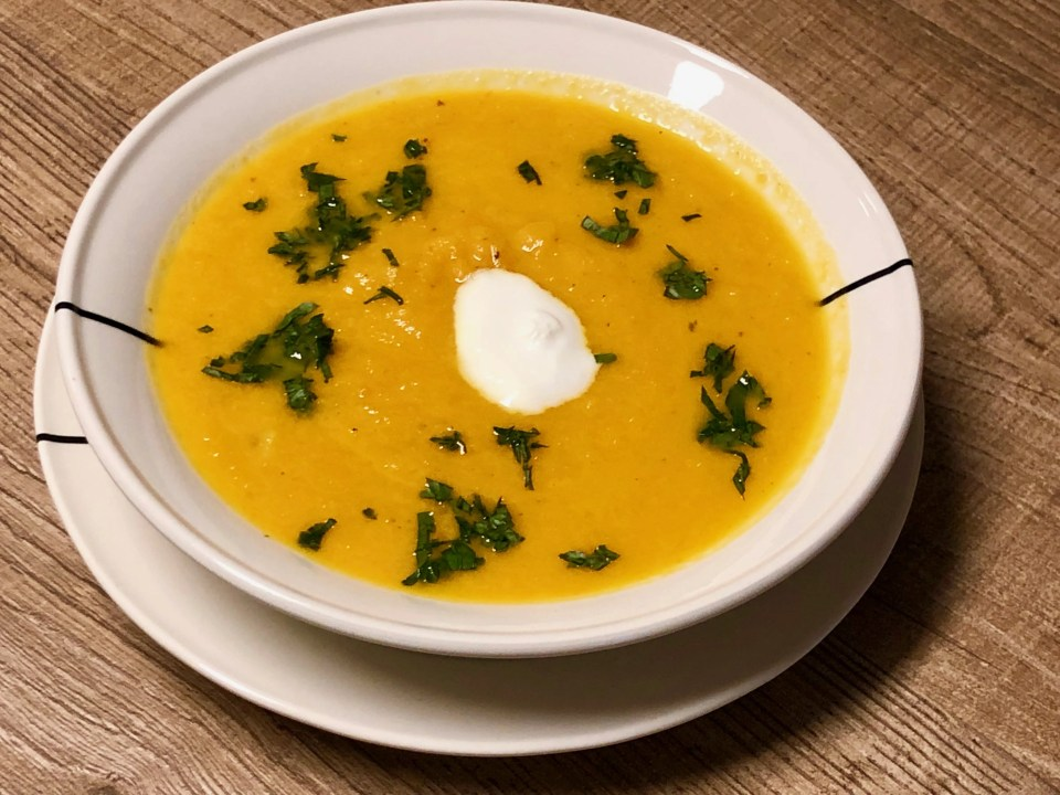 surprising carrot orange ginger soup