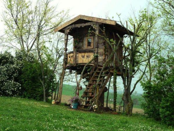 despre-case-din-lemn-vechi-mester-Danut-Hotea-case-rustice-din-lemn-20