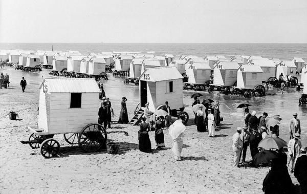 Plaja anul 1900