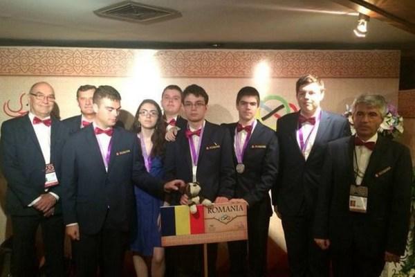Olimpiada Internaţională de Matematică - Șase dintre geniile lumii la matematică sunt români!